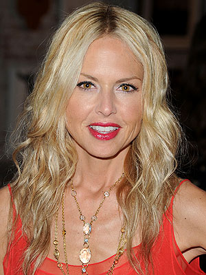 rachel zoe 300x400 Chic Clicks: A Rachel Zoe Snub? Plus: Donald Trump, the Pope Launch Fragrances