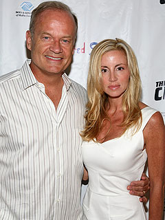 http://img2.timeinc.net/people/i/2010/stylewatch/blog/100712/kelsey-grammer-240.jpg