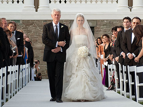 Chelsea Clinton 39s Bridal Quick Change Two Vera Wang Wedding Dresses