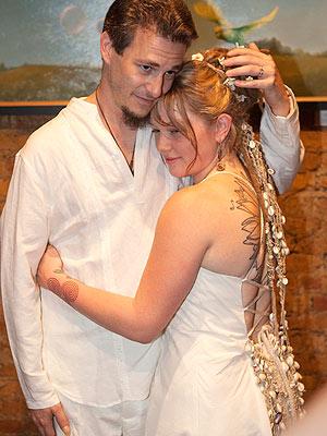 Crystal Bowersox 39s Wedding Dress and Ring Details Revealed Bob Berg
