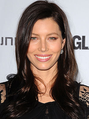 Jessica Biel has been a blonde, and she's rocked the ombr hair color trend.