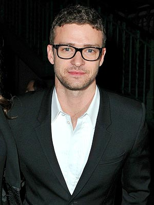 justin timberlake 300x400 Chic Clicks: Justin Timberlake Talks Home Goods, Betsey Johnson Liquidating