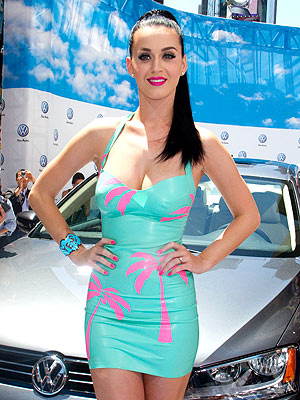Katy Perry is Dedicated to Wearing Latex