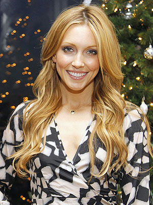 'Gossip Girl' Katie Cassidy Shares Her Beauty Secrets