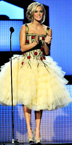 TUTU MUCH   photo | Carrie Underwood