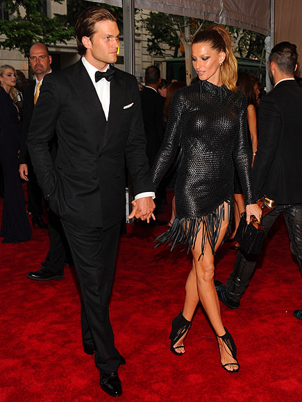 GISELE BÜNDCHEN AND TOM BRADY photo | Gisele Bundchen, Tom Brady
