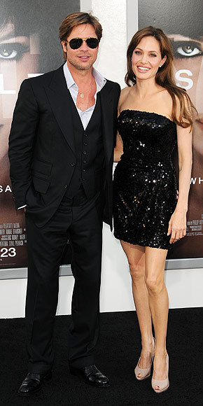 BIRTHDAY DATE photo | Angelina Jolie, Brad Pitt