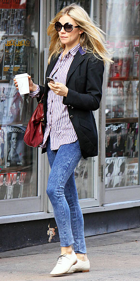 DENIM LEGGINGS photo | Sienna Miller