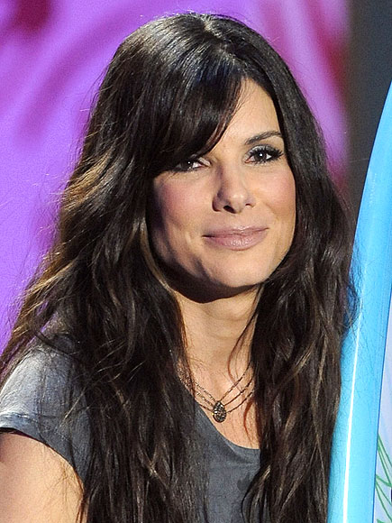SIDE-SWEPT BANGS photo | Sandra Bullock
