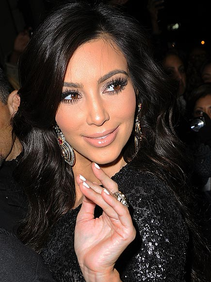 the amazing Kim kardashian nail