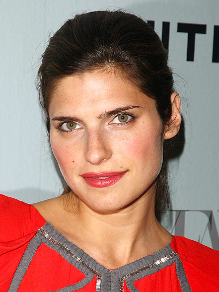 LAKE'S STEAMY SOLUTION photo | Lake Bell