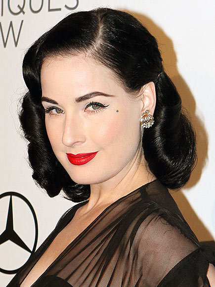 DITA&#39;S BEAUTY DIP photo | Dita Von Teese