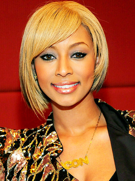 KERI HILSON&#39;S NOT-SO-FANCY FOOTWORK photo | Keri Hilson