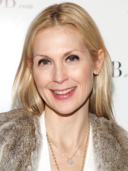 KELLY'S STRESS RELIEF  photo | Kelly Rutherford