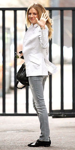 OXFORDS photo | Sienna Miller