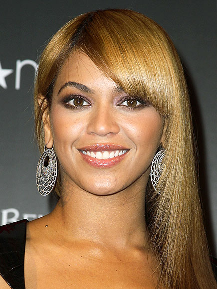 GROW OUT BANGS IN STYLE photo | Beyonce Knowles