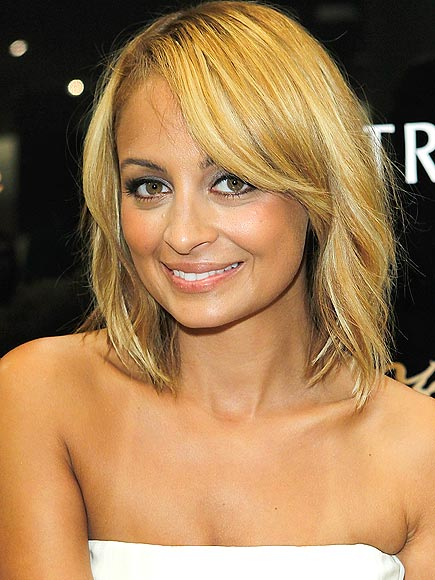 LIGHTEN UP LIKE NICOLE photo | Nicole Richie