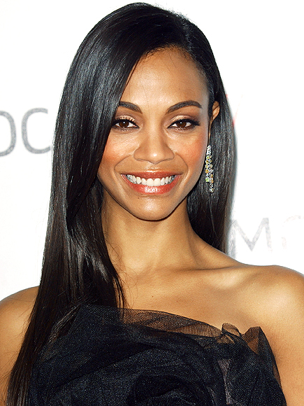 GETTING CHEEKY  photo | Zoe Saldana