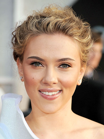 SCARLETT'S HAIR photo | Scarlett Johansson