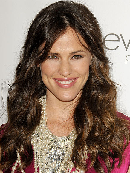 JENNIFER'S GARNER'S MAKEUP photo | Jennifer Garner