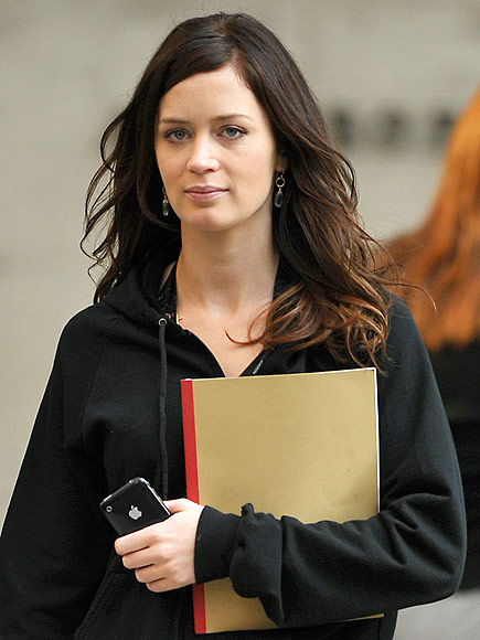 IPHONE 3GS photo | Emily Blunt