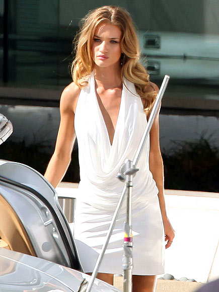 ROSIE HUNTINGTON-WHITELY photo | Rosie Huntington-Whiteley