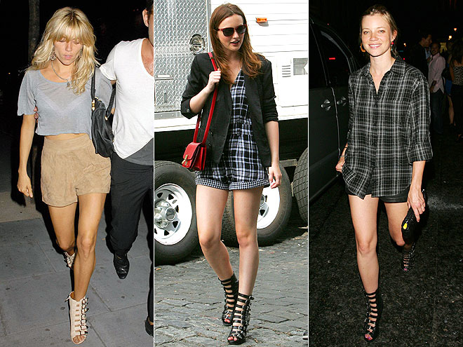 MULTI-BUCKLE SANDALS  photo | Amy Smart, Leighton Meester, Sienna Miller