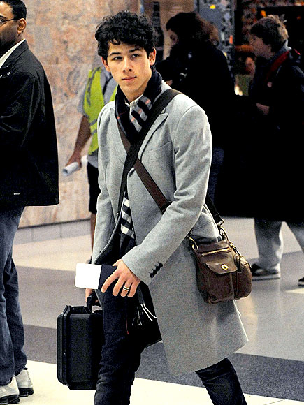 NICK JONAS&#39;S SCARF  photo | Nick Jonas