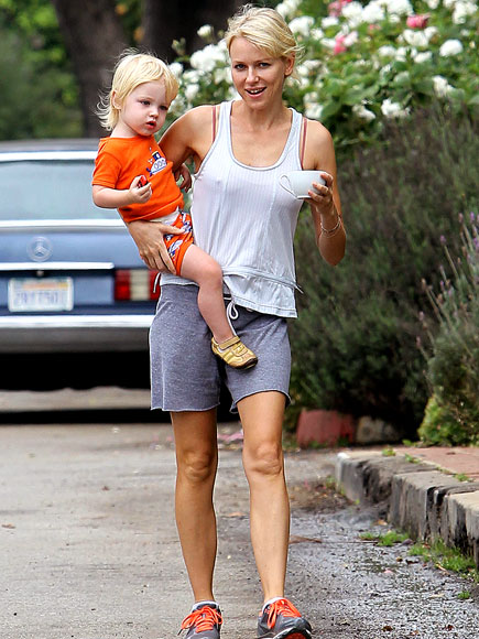 NAOMI WATTS' SHORTS photo | Naomi Watts
