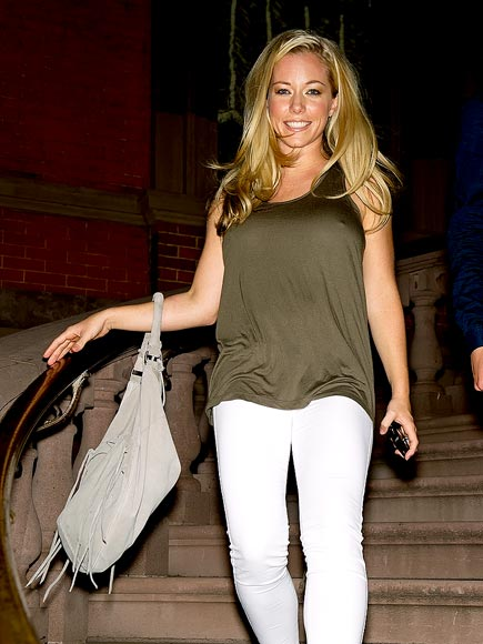 KENDRA WILKINSON&#39;S PURSE  photo | Kendra Wilkinson