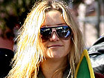 Kate Hudson Collects Mardi Gras Beads | Kate Hudson