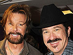 Tim McGraw, Kenny Chesney and More Salute Brooks & Dunn