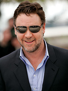 Russell Crowe: Don&#39;t Call Robin Hood Irish!