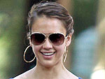 Jessica Alba Dines Alfresco with Honor | Jessica Alba