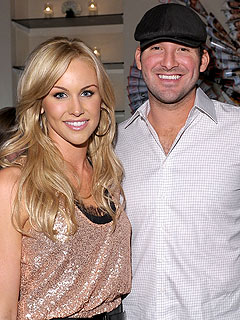 Tony Romo: &#39;My Wife Is Pregnant&#39;