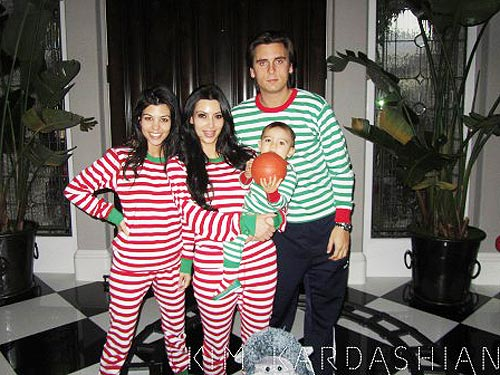 So Cute! The Kardashians Wear Matching Holiday Pajamas – Moms ...