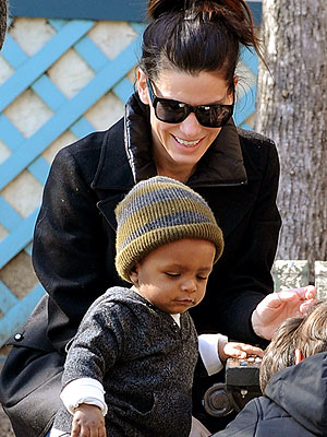 pictures of sandra bullock baby