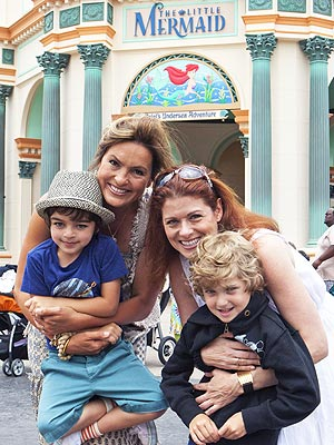 Spotted Mariska Hargitay And Debra Messings Disney Dudes Moms