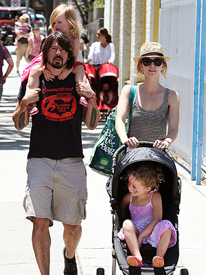 Photo of Dave Grohl & his  Daughter  Harper Willow Grohl