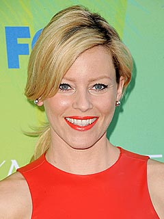 How Elizabeth Banks Is Spending Memorial Day: Grilling (Not Sleeping) | Elizabeth Banks