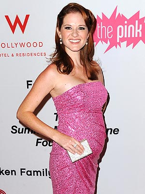 Sarah Drew Decides On Neutral Nursery For Delivery