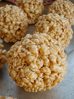 how to make popcorn balls with honey