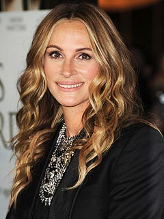 Julia Roberts Not Pregnant – But She Has Dropped the F-Bomb in Front of Her Kids | Julia Roberts