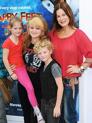 Spotted Marcia Gay Harden S Happy Handful Moms Amp Babies