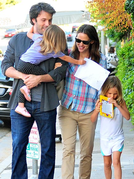 PAPER MATES  photo | Ben Affleck, Jennifer Garner