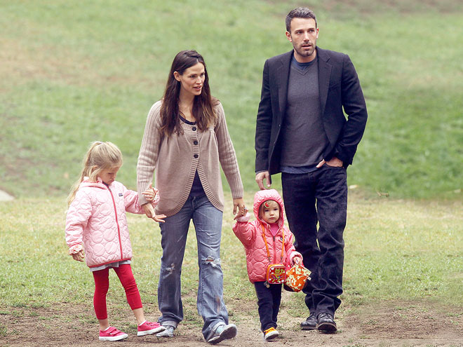 FIELD DAY photo | Ben Affleck, Jennifer Garner, Violet Affleck