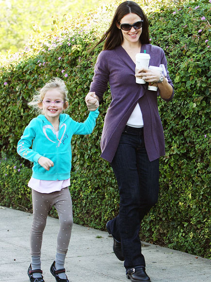 MORNING GLORY photo | Jennifer Garner, Violet Affleck