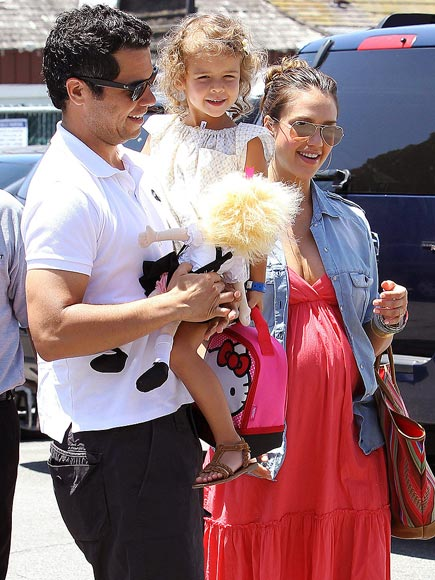 BRUNCH BUNCH  photo | Cash Warren, Honor Warren, Jessica Alba