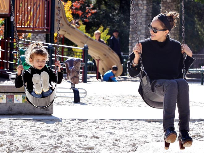 PLAYDATE photo | Honor Warren, Jessica Alba