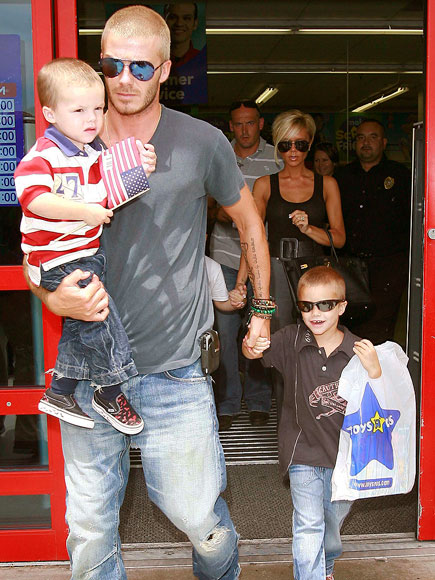 A TOY STORY photo | David Beckham, Victoria Beckham